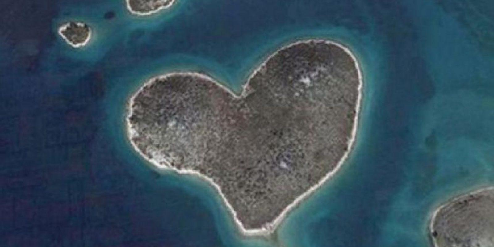 ¿Conocían la isla de Galesnjak, en el mar Adriático? ¡La isla con forma de corazón! Foto:Google Earth