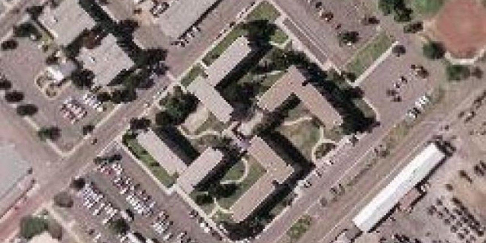 ¿Edificio o símbolo nazi? Foto:Google Earth