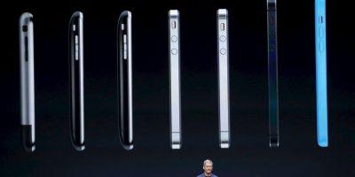 Las dos nuevas versiones del iPhone son más delgadas que el predecesor iPhone 5S. Foto:Getty