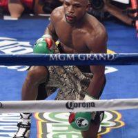 """A 19 años de aquél combate, """"Money"""" está invicto en sus 47 peleas que tiene como profesional. Foto:Getty Images"""