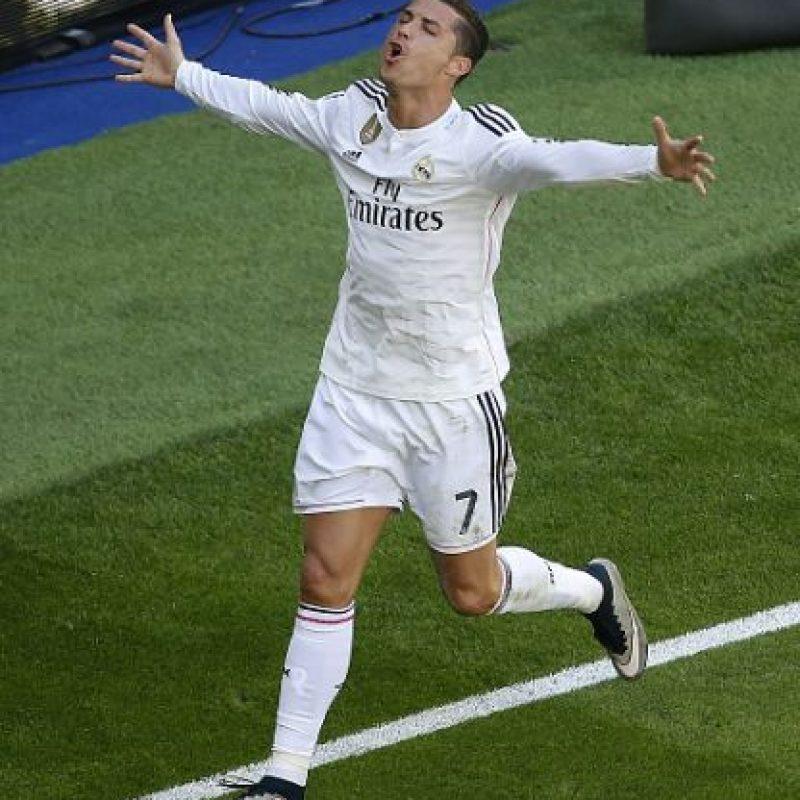 Con los cinco goles de hoy, Cristiano llegó a 300 anotaciones oficiales con el Real Madrid, en menos de siete años vistiendo la camiseta del conjunto merengue. Foto:Getty Images
