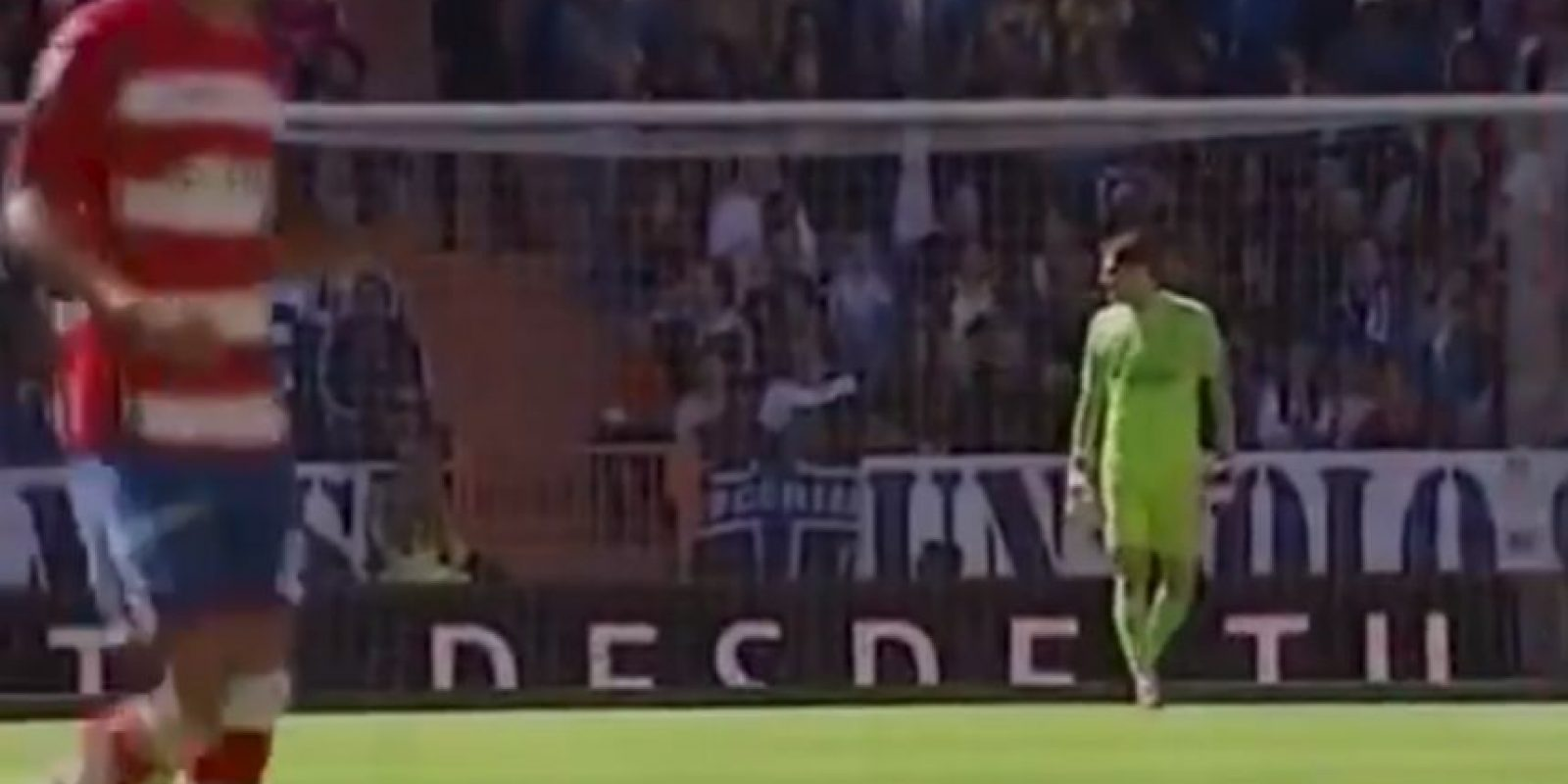 El arquero participó en el duelo entre el Real Madrid y Granada que su equipo ganó por marcador 9-1. Foto:YouTube Football HD