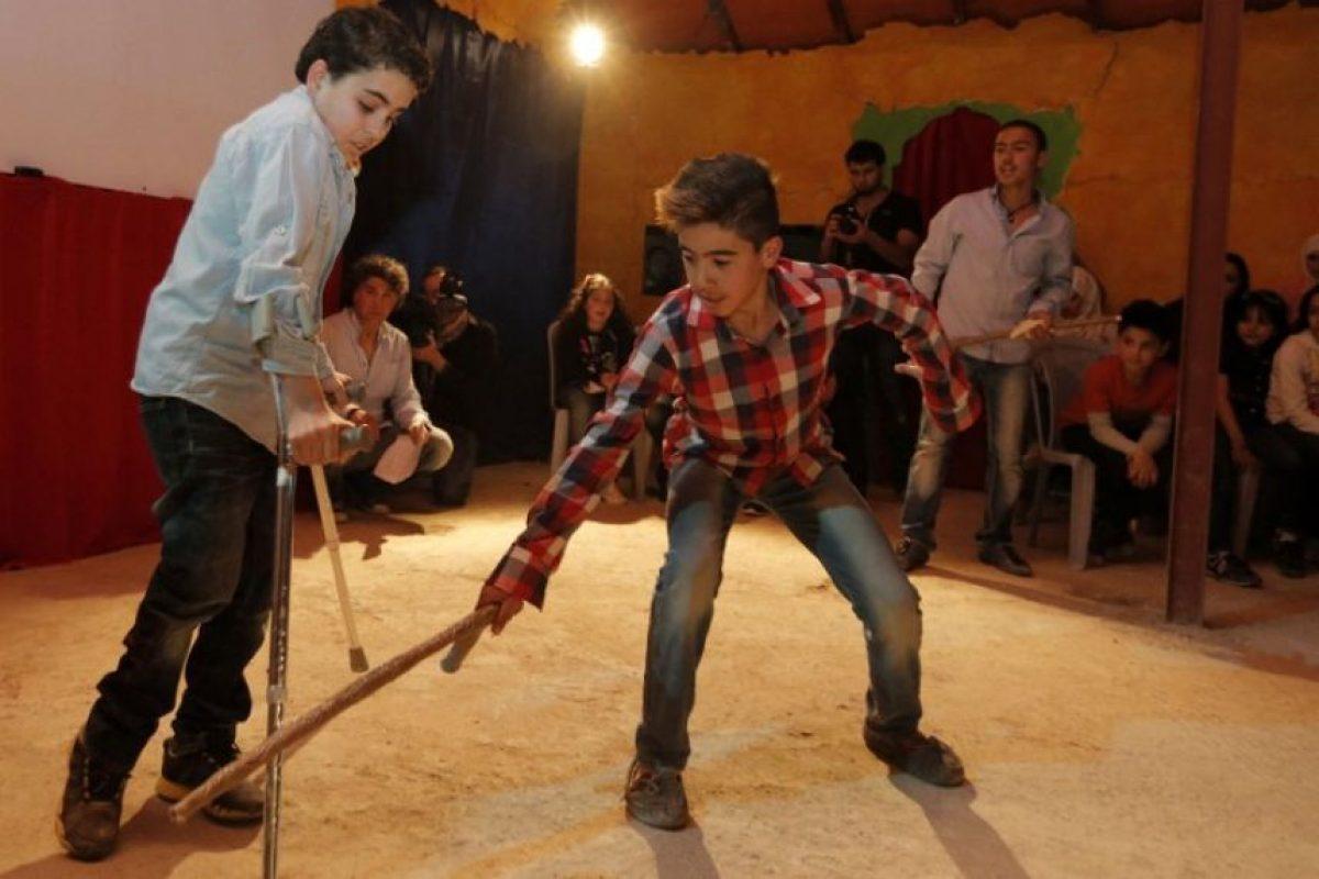 La Organización para las Naciones Unidas (ONU) reveló en su página web que necesitan ocho mil 400 millones de dólares para ofrecer ayuda a los refugiados sirios Foto:AFP