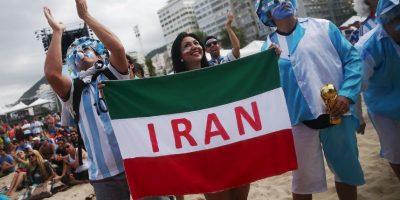 Las restricciones que rigen sobre las mujeres en los estadios impiden a Irán albergar competiciones internacionales. Foto:Getty Images