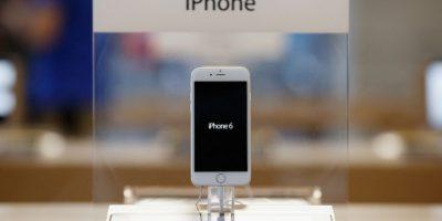 Carga inalámbrica: Usuarios dicen estar hartos de los cables y quisieran cargadores inductivos, como el del Apple Watch. Foto:Getty Images