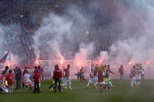 Un caso insólito tuvo lugar en el partido entre Utrecht y Ajax de la Eredivisie holandesa. Foto:Getty Images