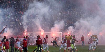 Todo por una confusión: Utrecht jugó con 12 futbolistas contra el Ajax