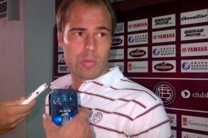 El jugador participó en la derrota en casa de su equipo, Lanús, por 0-1 frente a Argentinos. Foto:Vía twitter.com/clublanus