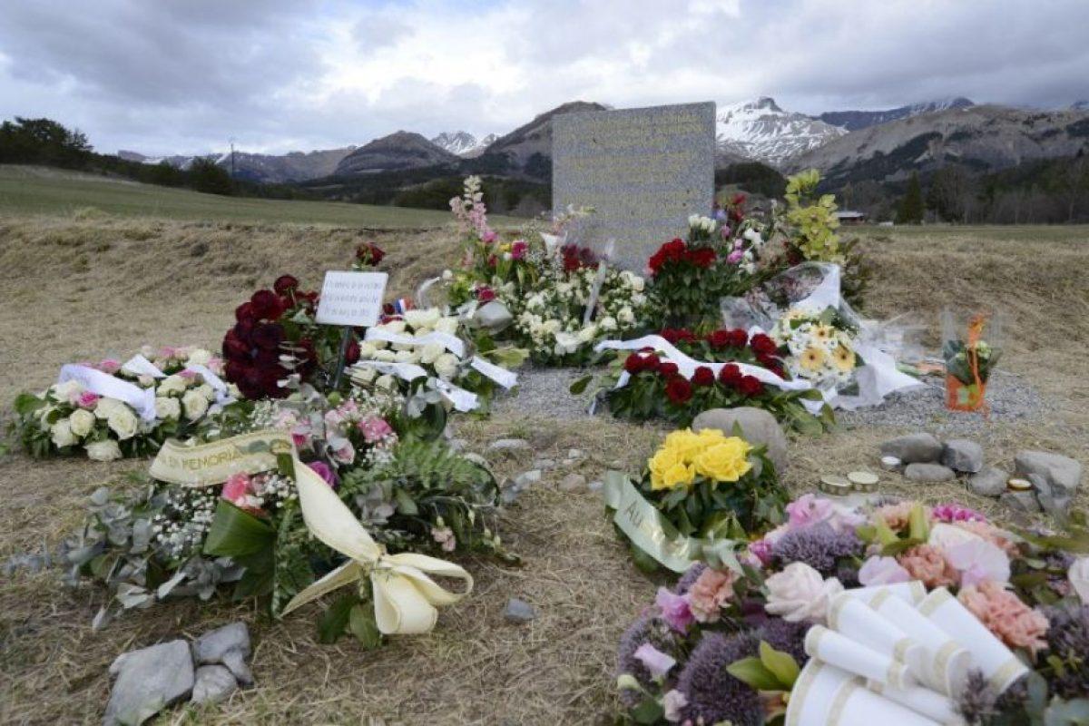 Además, han surgido nuevas fotografías del piloto Patrick Sonderheimer, quién tripulaba el vuelo U4 9525 Foto:AFP