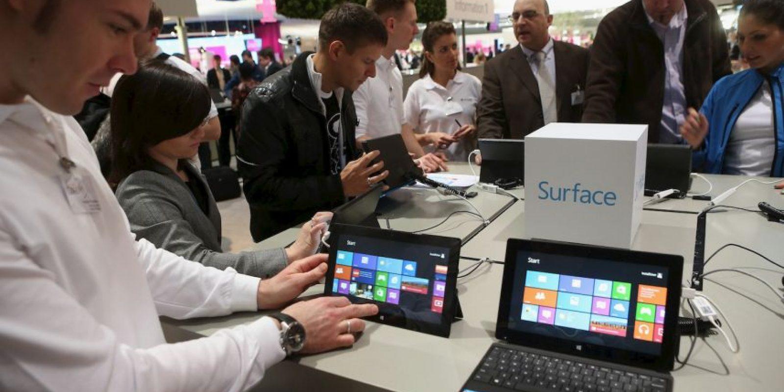 Existen dos modelos: Surface RT con Windows RT y Surface Pro con Windows 8 Pro. unicamente la versión Pro puede utilizar software de terceros. Foto:Getty