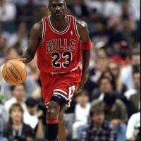 """""""Para tener éxito hay que ser egoísta, o nunca lo logrará. Y cuando llegue a su nivel mas alto, entonces hay que ser desinteresado. Manténgase accesible. Manténgase en contacto. No se aísle"""", Michael Jordan. Foto:Getty"""