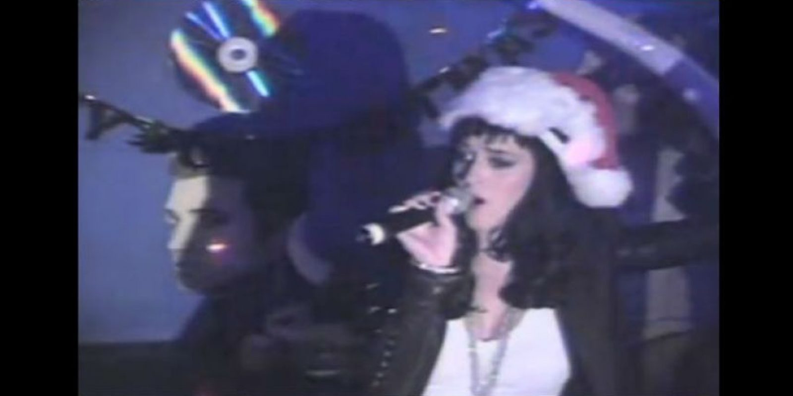 "Katy Perry interpretó ""All I Want for Christmas Is You"" Foto: YouTube/Dimples"