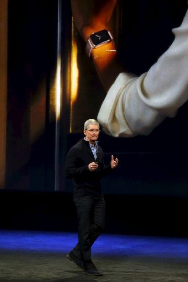 Tim agradeció de antemano a todos los empleados a cargo de la venta del dispositivo. Foto:Getty Images