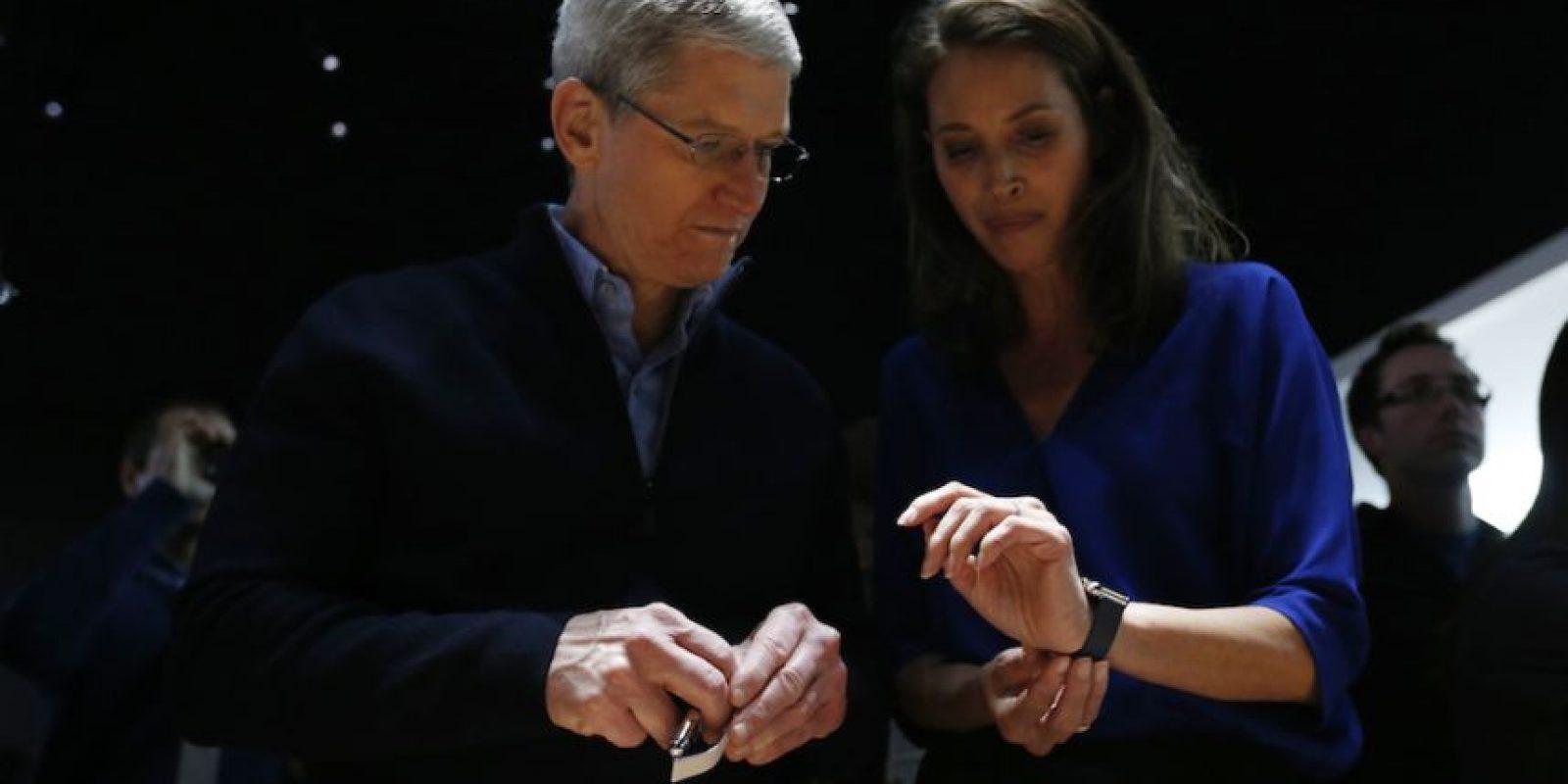 """Tim Cook dice que el """"Apple Watch va a encantar a nuestros clientes de una forma que todavía no se imaginan"""". Foto:Getty Images"""