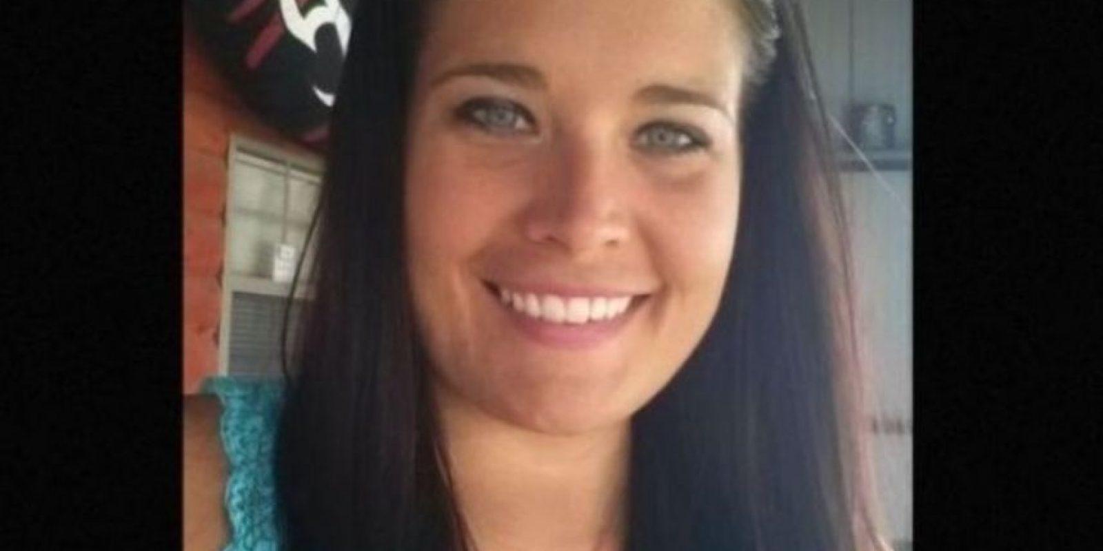 Jennifer Sexton debió renunciar a su trabajo cuando se reveló que había tenido relaciones con uno de sus alumnos Foto:Facebook