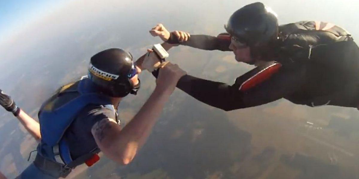 ¿Miedo a las alturas? Este video muestra una cámara GoPro en caída libre desde 3 mil metros