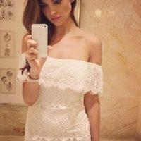 Eiza González presumiendo su vestido. Foto:instagram.com/eizagonzalez