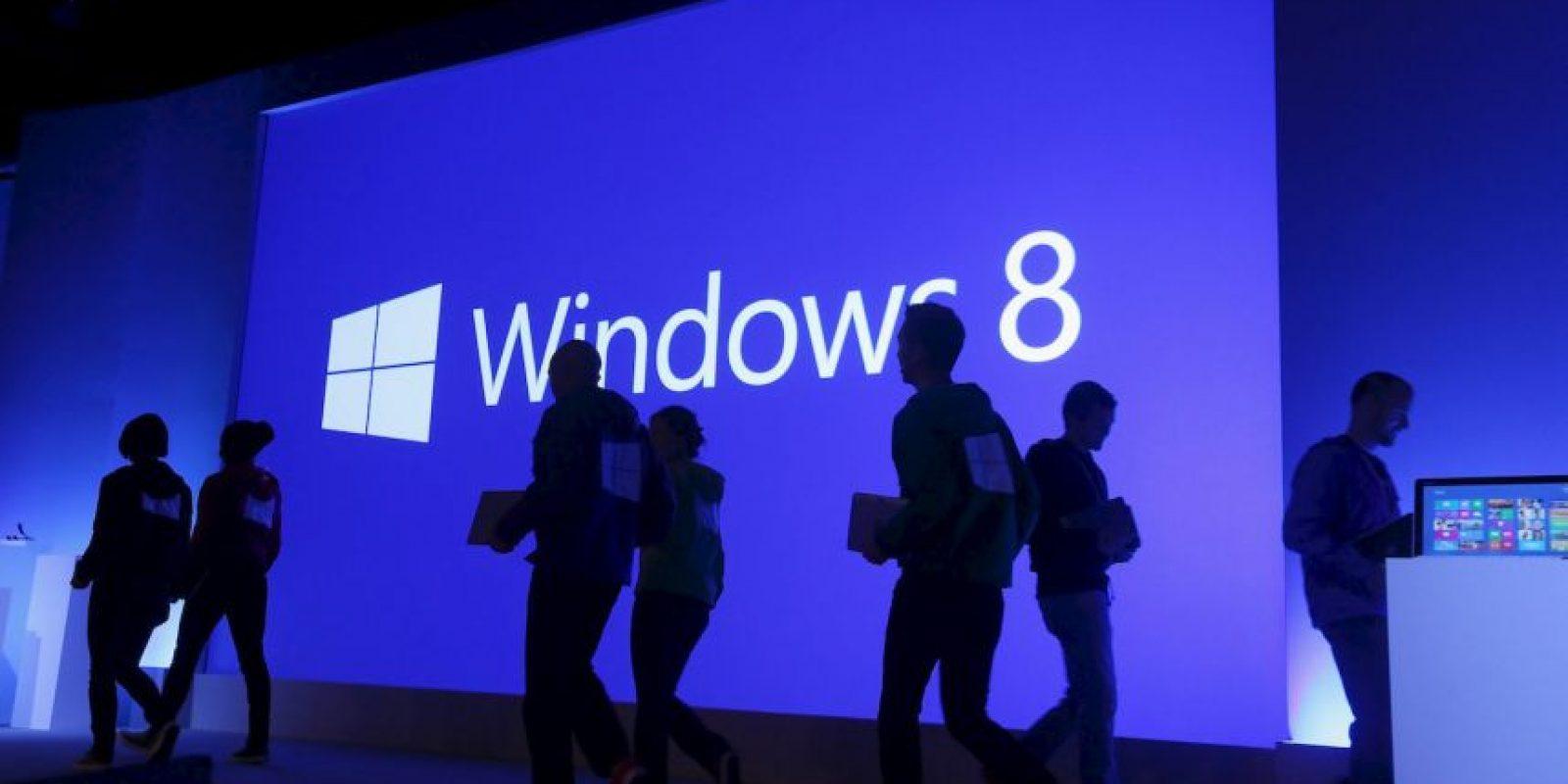 La marca Surface es una serie de tabletas diseñadas y comercializadas por Microsoft. Su lanzamiento fue anunciado el 18 de junio de 2012, por el CEO de Microsoft Steve Ballmer en Milk Studios de Los Ángeles. Foto:Getty