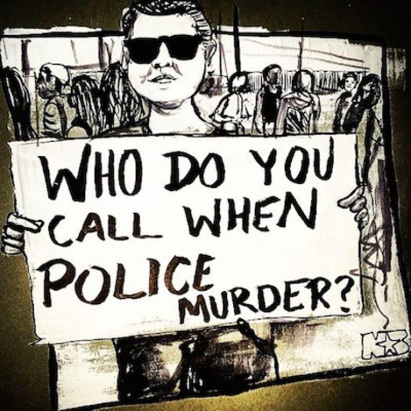 """""""¿A quién se le llama cuando la policía asesina?"""" Foto:Instagram.com/lakeem_art"""