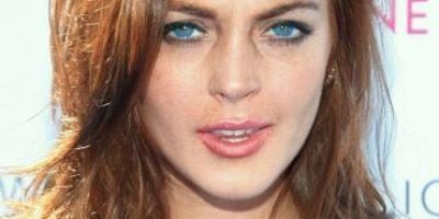 Cirugía convierte ojos marrones en ojos azules
