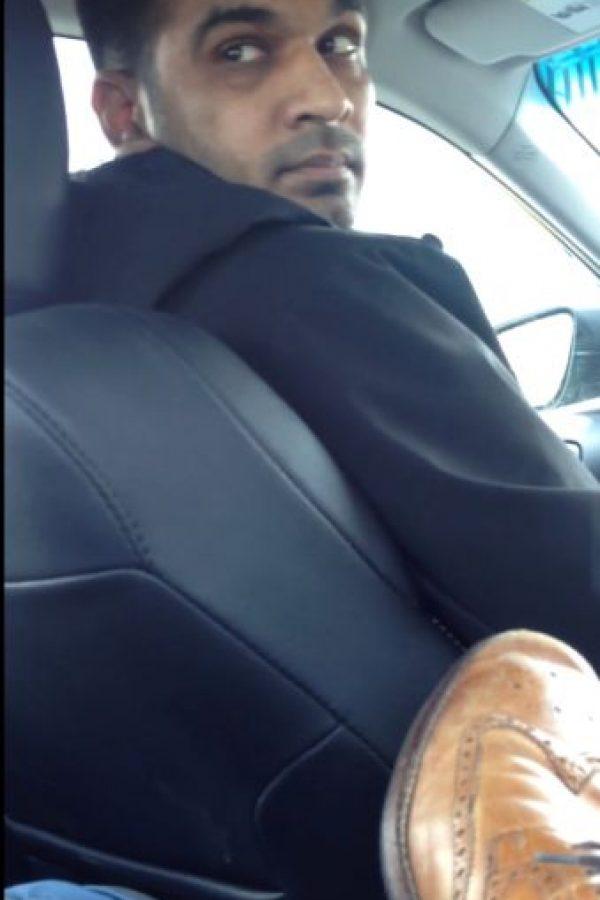 El agresor es Patrick Cherry, detective que se encargaba de asuntos terroristas en el Departamento de Policía de Nueva York. Foto:Sanjay Seth/Youtube