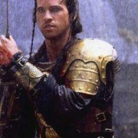 """Para los años 80, Val Kilmer era un poderoso sex symbol. En """"Willow"""" se veía así como guerrero. Foto:LucasFilm"""