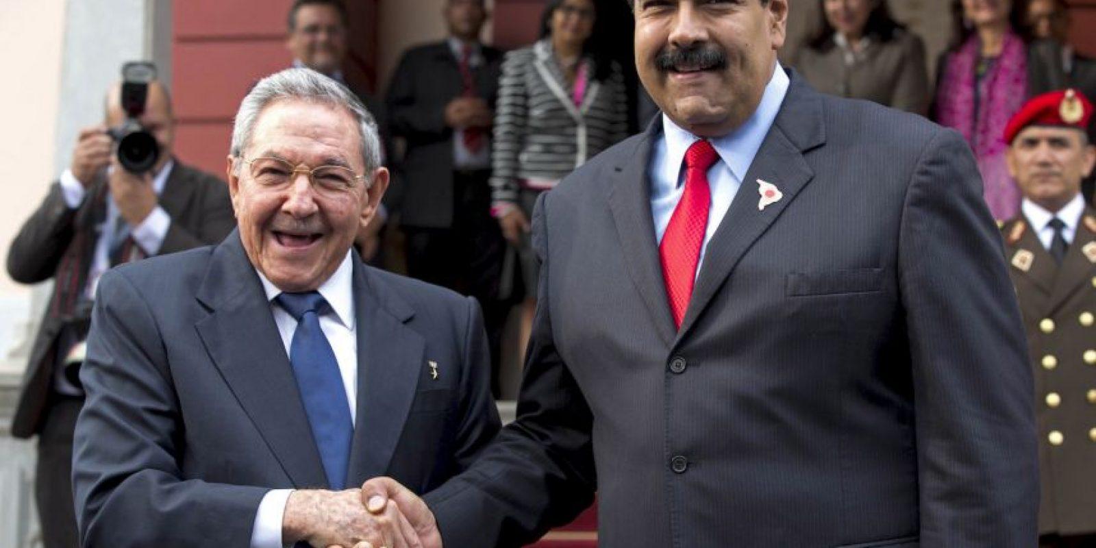 Raúl Castro y Nicolás Maduro. Foto:AP