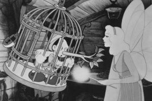 Fueron los guionistas de Disney, quienes adaptaron el guión para los más pequeños. Foto:IMDB/ Walt Disney Production