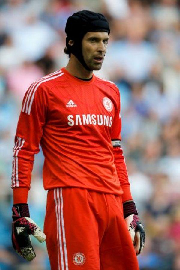 En 2006 sufrió una lesión en la cabeza enfrentando al Reading. El portero chocó con el mediocampista Stephen Hunt dentro del área de Chelsea. Foto:Getty Images