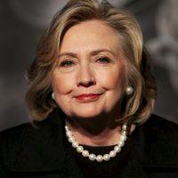 Clinton fuertemente apoyó la acción militar de EE.UU en Afganistán de 2001, diciendo que era una oportunidad para combatir el terrorismo y mejorar las vidas de mujeres afganas que sufrieron bajo el gobierno del Taliban. Foto:Getty Images