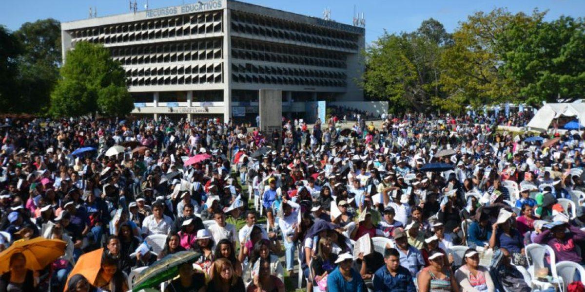 Casi 12 mil estudiantes se inscriben en los cursos libres de la USAC