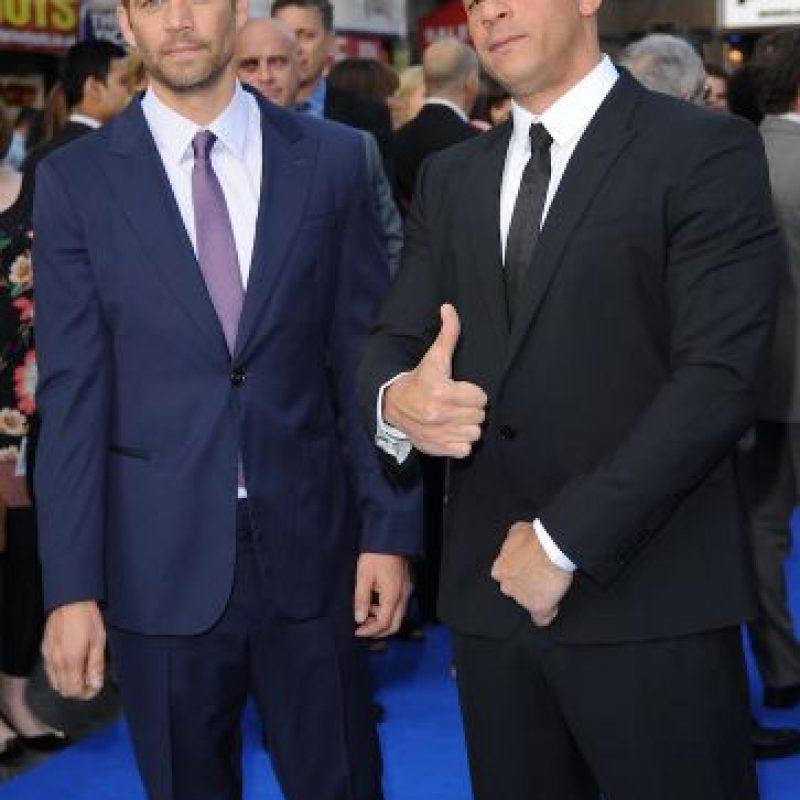 Durante la entrega de los MTV Movie Awards rindió un pequeño homenaje a su gran amigo. Foto:Getty Images