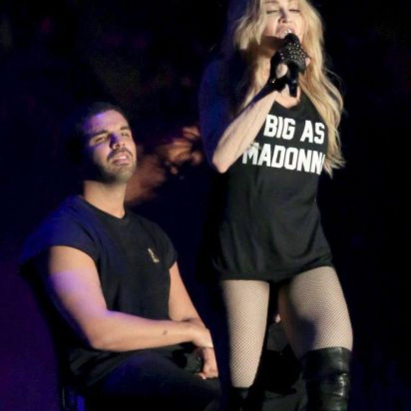 """La """"Reina del Pop"""" besó al rapero Foto:Getty Images"""