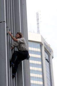 Alain Robert ha dicho que se ha caído siete veces en su vida Foto:Getty Images