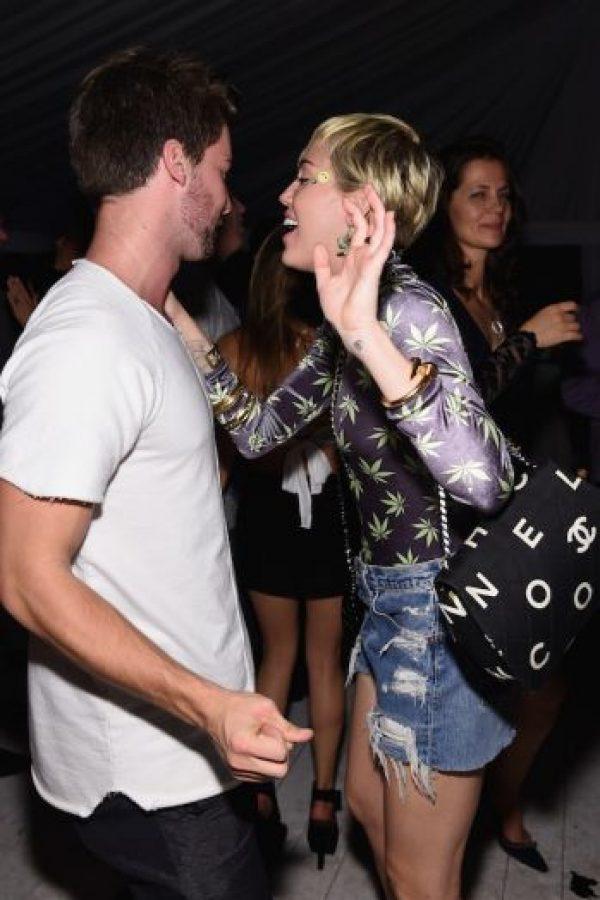 En aquel momento circularon rumores sobre una posible infidelidad a Miley Cyrus, que el modelo se encargó de desmentir en las redes sociales. Foto:Getty Images