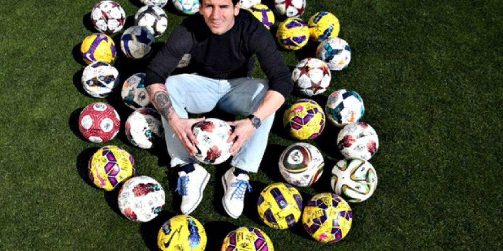 Hasta el 11 de abril de 2015, Lionel Messi sumaba 399 goles en partidos oficiales con el Barça. Foto:Vía fcbarcelona.es