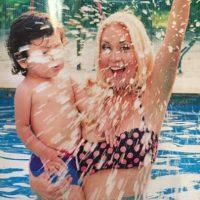Aunque la pareja se separó cuando ella estaba embarazada, Maradona reconoció como suyo al bebé. Foto:Vía twitter.com/veruojeda25
