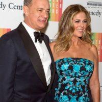 La esposa de Tom Hanks decidió someterse a una doble mastectomía y una cirugía reconstructiva de mama para erradicar este mal de su cuerpo. Foto:Getty Images