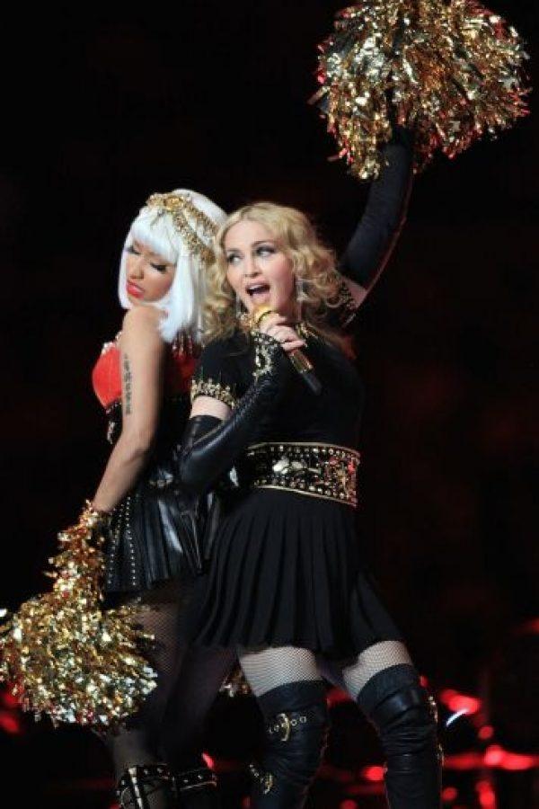 """""""¡Madonna me acaba de besar! ¡En los labios! Se sintió tan bien, tan suave. Desmayo. ¡Ah! Fue grabado. Espero que aparezca en algún lado. Quedé en shock pero le devolví el beso"""", tuiteó la rapera. Foto:Getty Images"""