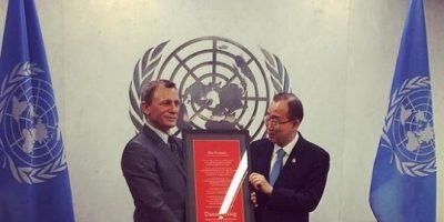 """James Bond"" se une a la ONU para erradicar las minas explosivas"