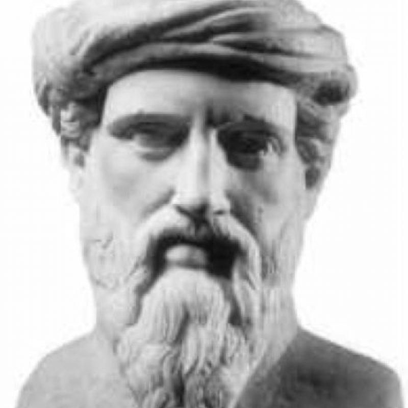 Pitágoras. Conocido como el padre de las matemáticas por haber creado su famoso teorema y la trigonometría. Foto:Wikimedia