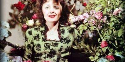 En su centenario: Comparamos el gran éxito de Édith Piaf con su trágica vida