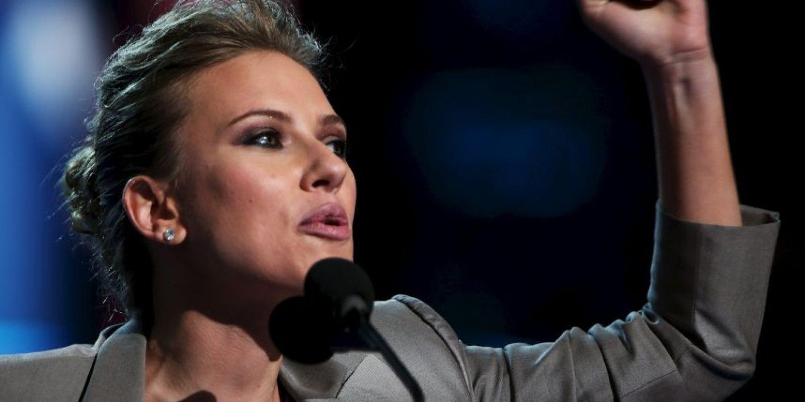Scarlett Johansson se mostró alegre por la candidatura de Hillary Clinton. Foto:Getty Images