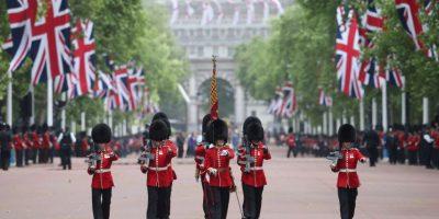 El cambio de guardia es una de las atracciones turísticas de Londres Foto:Getty Images