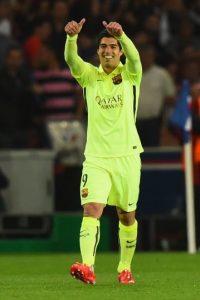 En sus dos goles exhibió al defensa brasileño. Foto:Getty Images