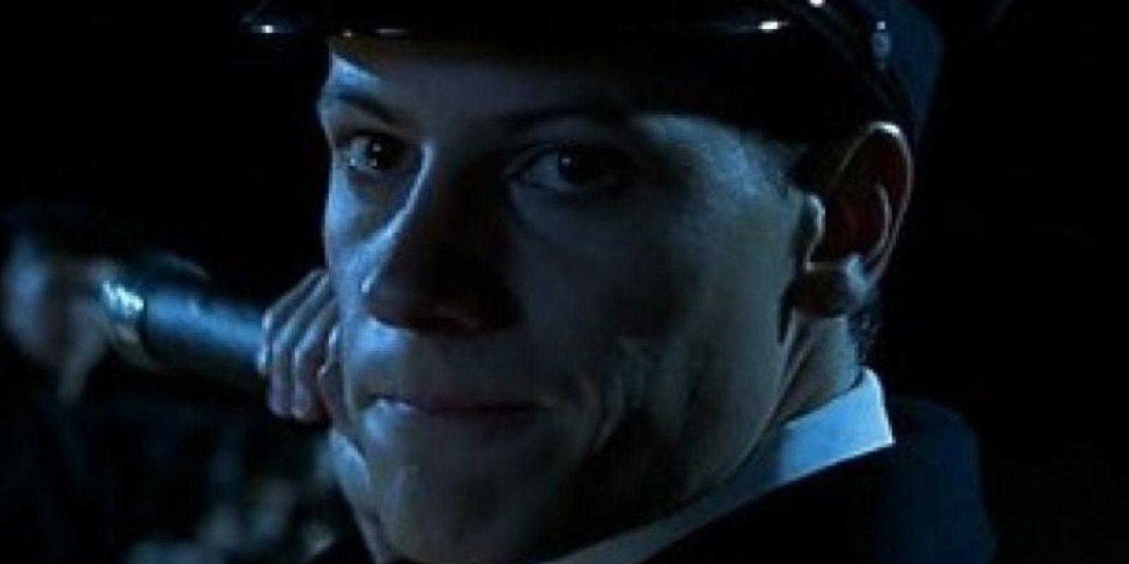 """Interpretó a """"Harold Lowe"""", el único oficial del Titanic que regresa buscando sobrevivientes. Foto:20th Century Fox"""