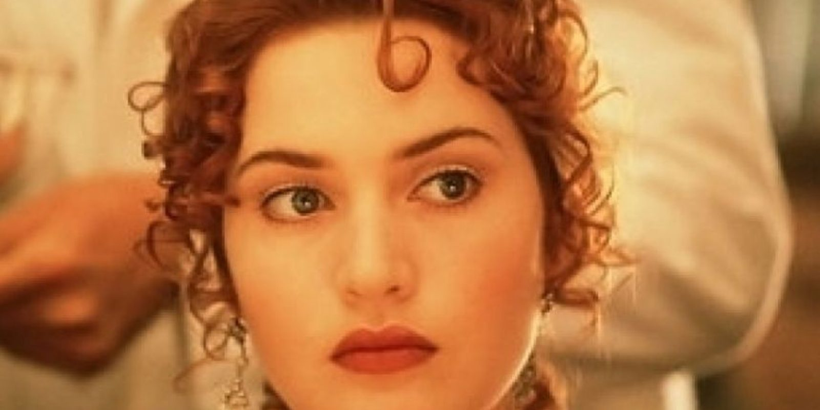 """Interpretó a """"Rose DeWitt Bukater"""", una joven de 17 años que es forzada a comprometerse con """"Cal"""" pero en el Titanic se enamora de """"Jack"""" Foto:20th Century Fox"""