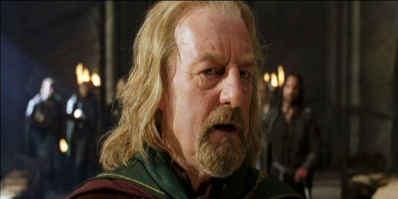 """Otro de sus papeles más populares en el saga de """"El Señor de los Anillos"""", donde interpreta al """"Rey Théoden"""" Foto:YouTube"""