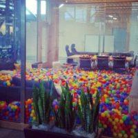 Mark recientemente se mudó a su nuevo lugar de trabajo. Foto:instagram.com/sarastalla