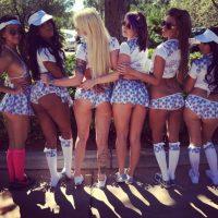 Una fotografía en tamaño real del ganador con las strippers de club el cual se colocará en el lobby del lugar de manera permanente. Foto:Vía instagram.com/dejavushowgirlslv